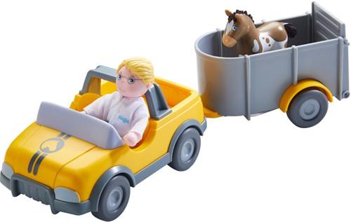 HABA Little Friends - Dierenartsauto met aanhangwagen